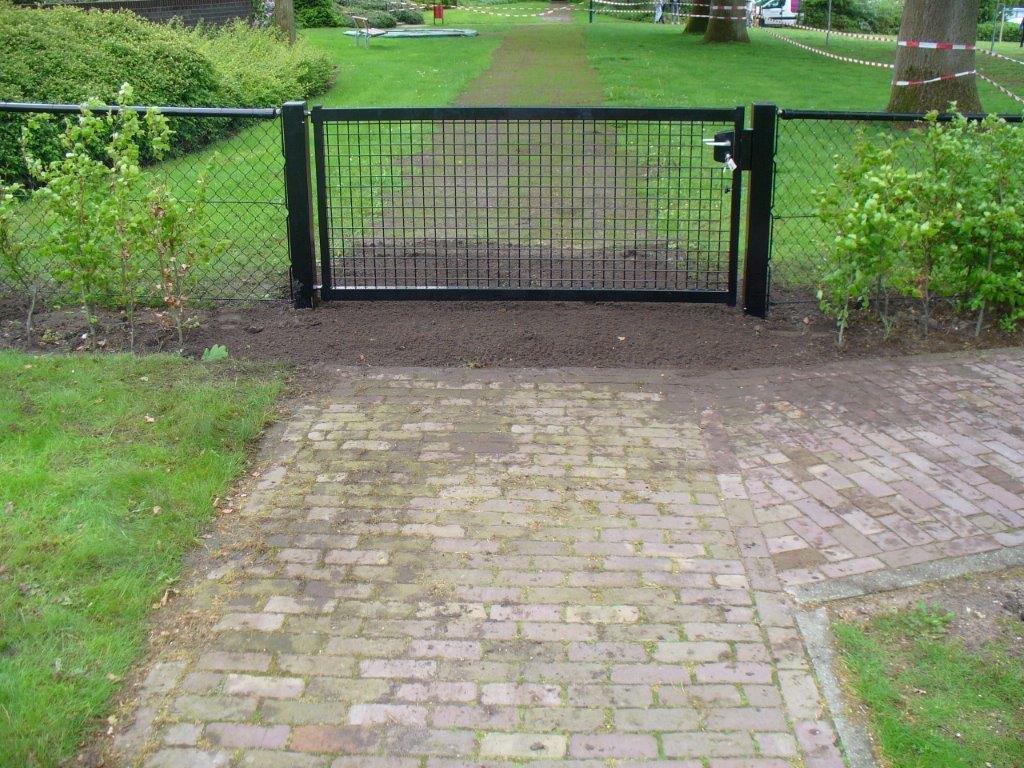 Enkele poort tuin
