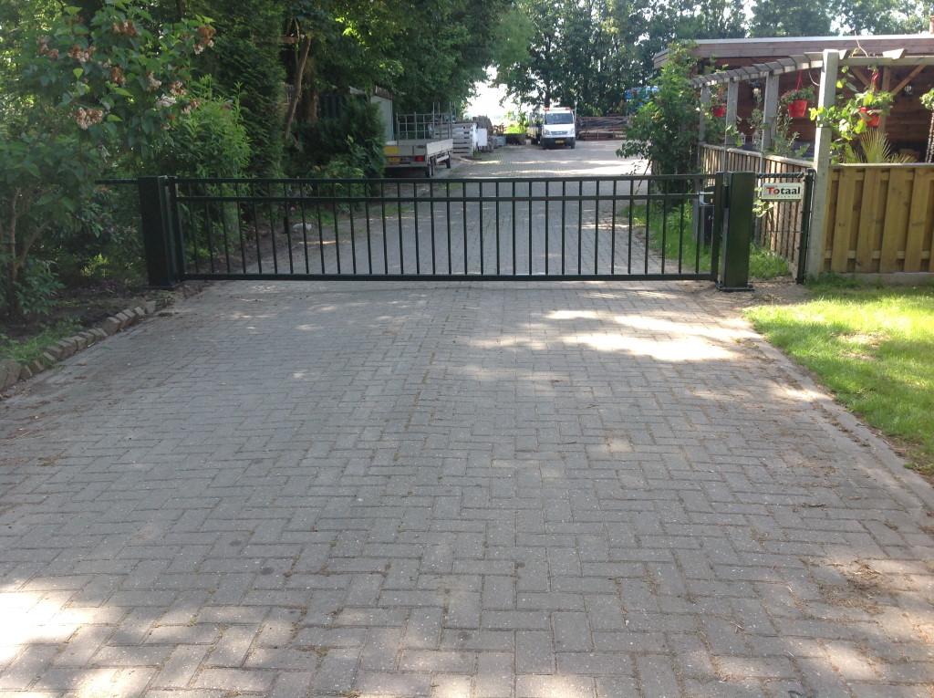 Enkele poort in Biddinghuizen